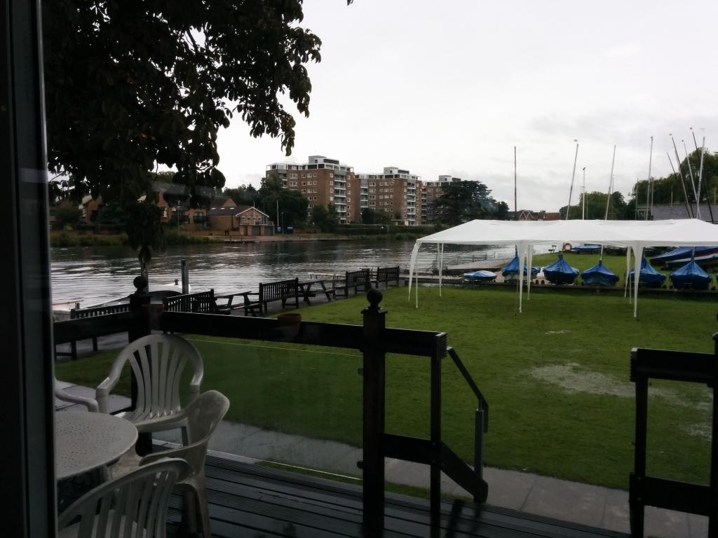 No sailing today, bad rain!