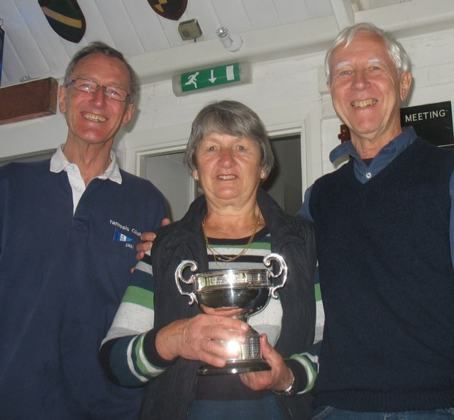 Berry Ritchie and Sue Harris win Porteous and Southcott Cups