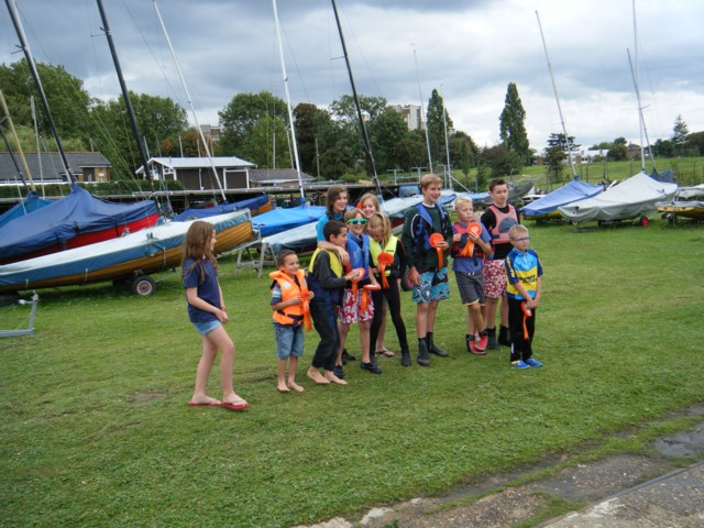 Tamesis Cadets take part in Source to Sea Relay