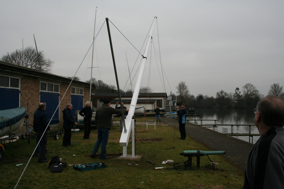 New Flag Pole raised at Tamesis