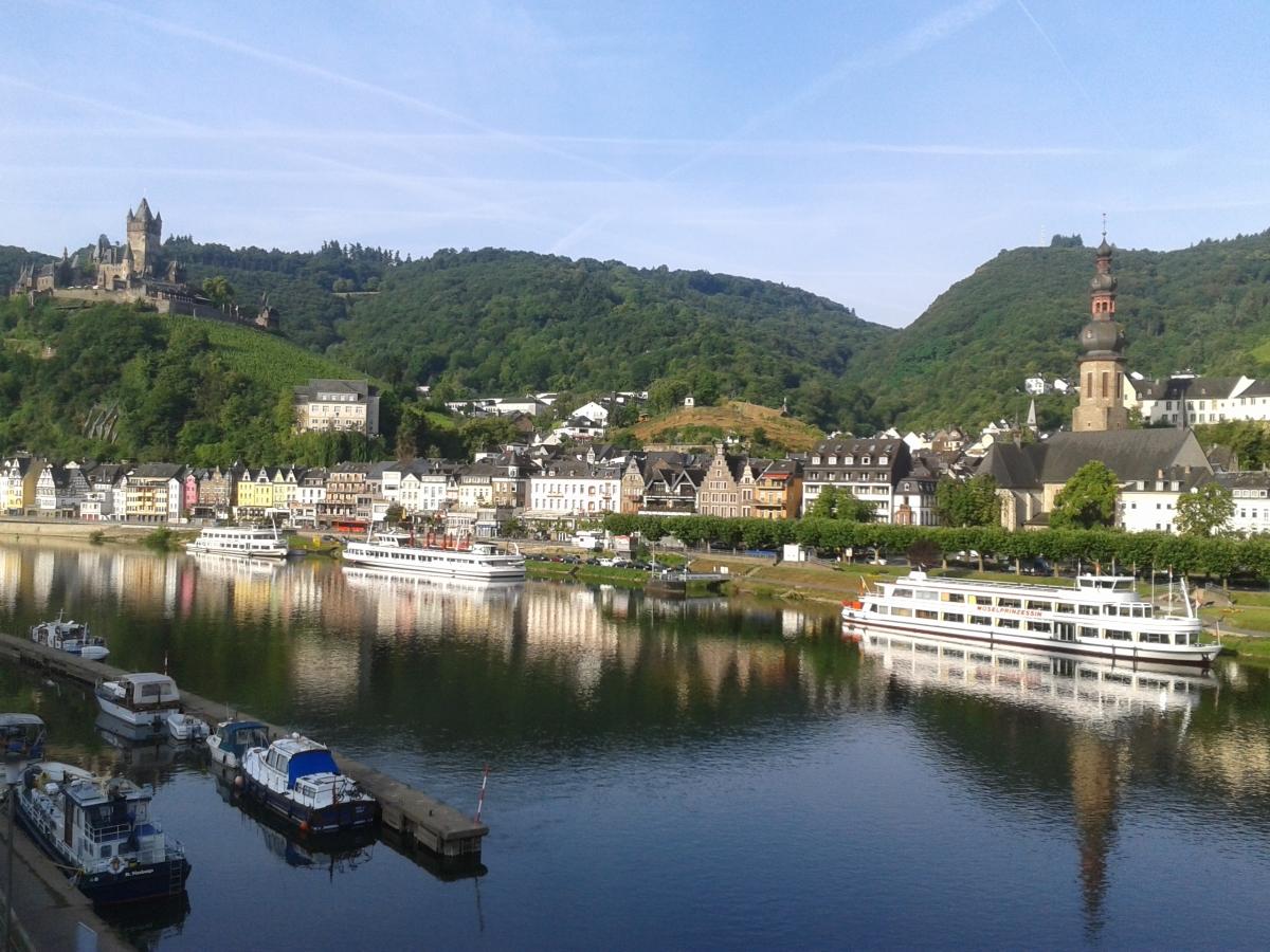 Fascinating talk on European canal cruise