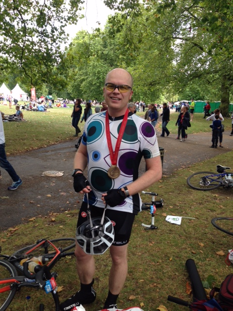 Rob Wilder raises £1010 for Moorfields Eye Charity