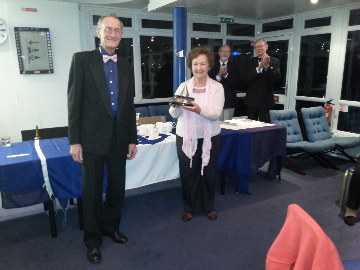 Tamesis Commodore's Trophy awarded to Club Bos'n in hospital