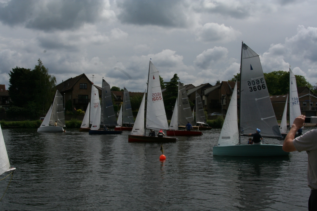 17 boats compete in Spring Regatta