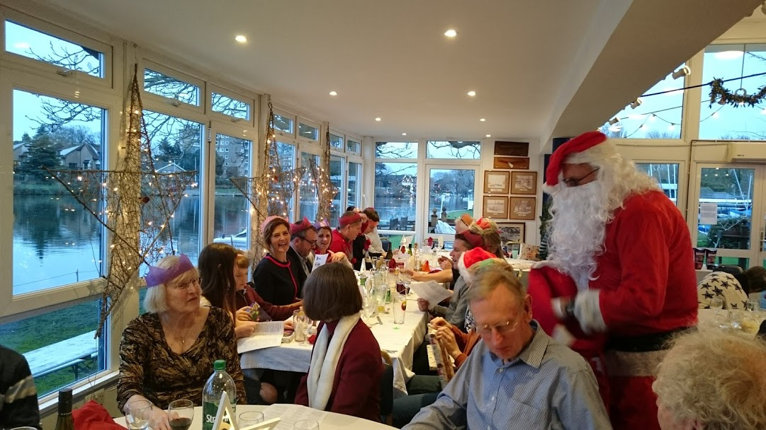 Bumper Christmas Lunch and Christmas Pudding races
